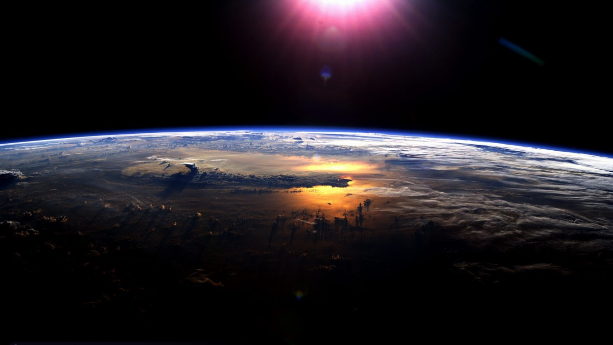 6866384-earth-pictures